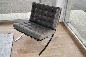 Outlet design furniture on sale poliform varenna veneta for Moro arredamenti